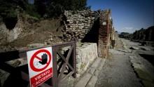 Crolli a Pompei, i primi interventi del governo