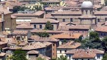 Mercato immobiliare: domanda in risalita, prezzi ancora al ribasso