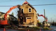 Demolizioni e ricostruzioni di ruderi: Scia o permesso di costruire?