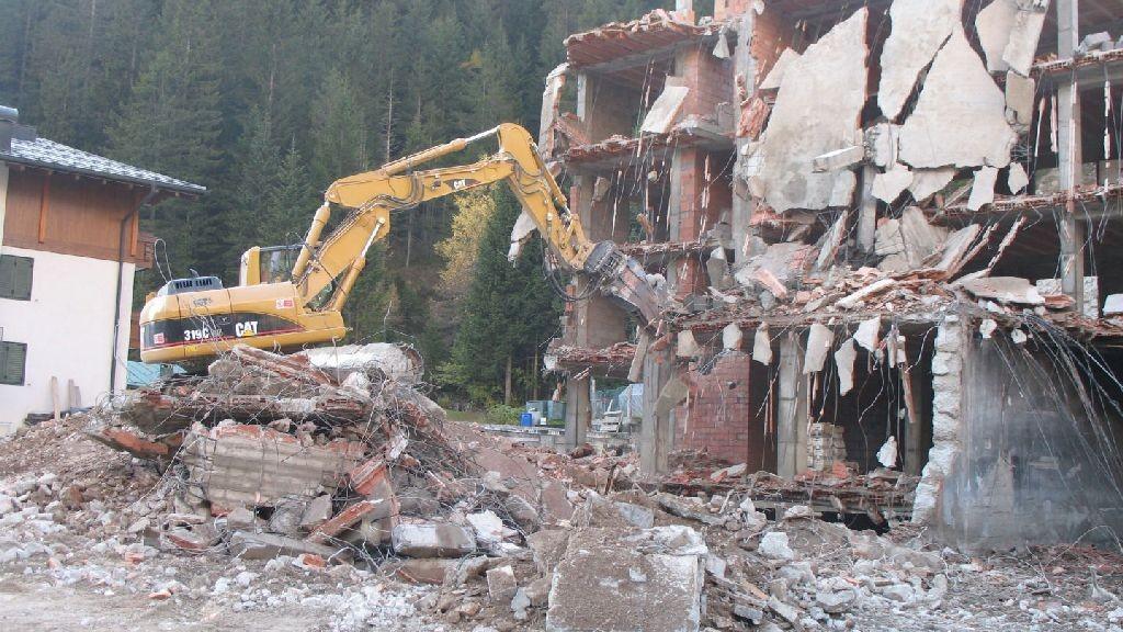 wpid-457_demolizione.jpg
