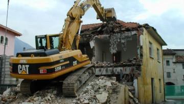 La demolizione e' un intervento di risanamento conservativo?