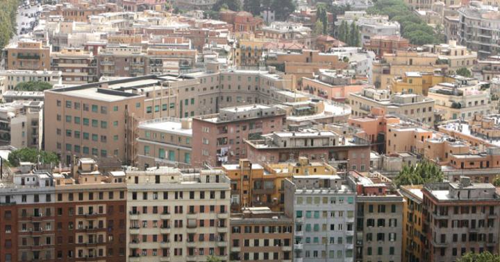 Rivalutazione immobili 42 2 nelle grandi citt dal 1998 for Case italiane immobiliare
