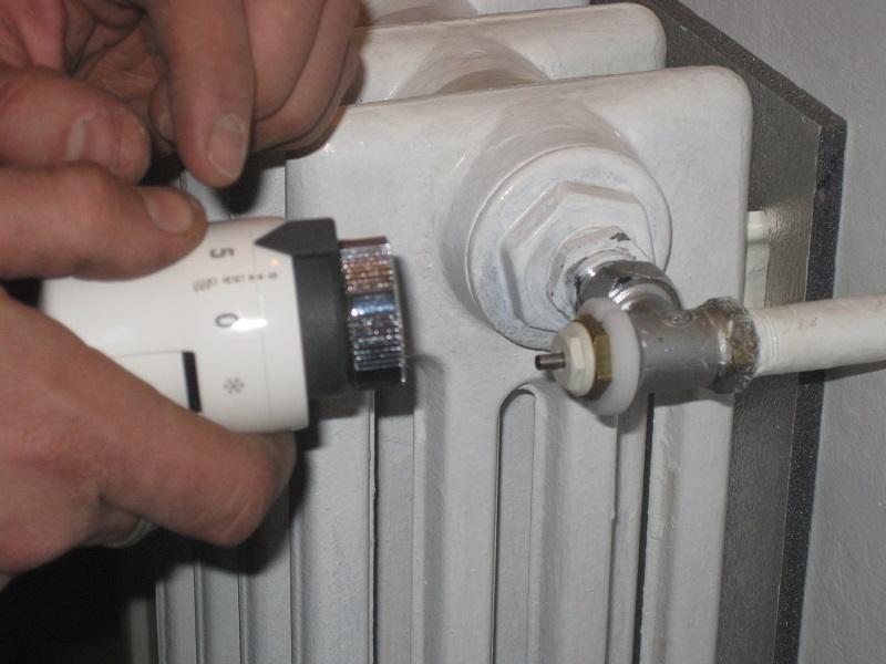 Valvole termostatiche caratteristiche e suggerimenti su for Testina termostatica