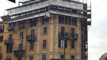 Gli interventi edilizi illegittimi vanno subito denunciati: lo dice il Consiglio di Stato