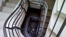 Le scale condominiali sono sempre parti comuni? Il no arriva dalla Cassazione