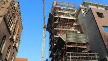 Concessione edilizia in sanatoria: può una norma regionale definire la difformità di un intervento edilizio?