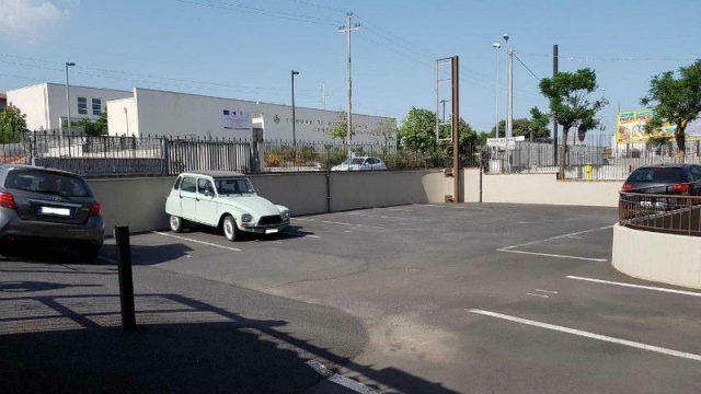 Parcheggio nello spazio condominiale? Si ma senza pregiudizio delle singole proprietà