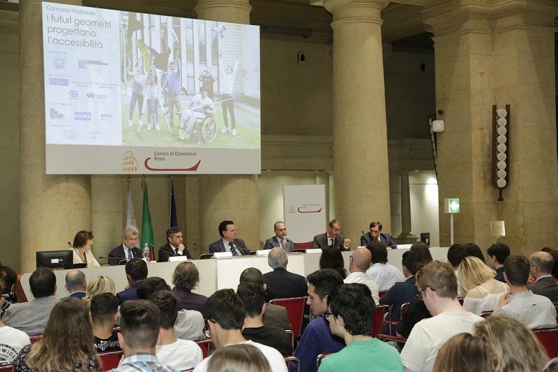 La giornata di premiazione del concorso nella sala del Tempio di Adriano della Camera di Commercio di Roma