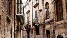 Distanze tra edifici, un caso di esonero secondo la Corte di Cassazione